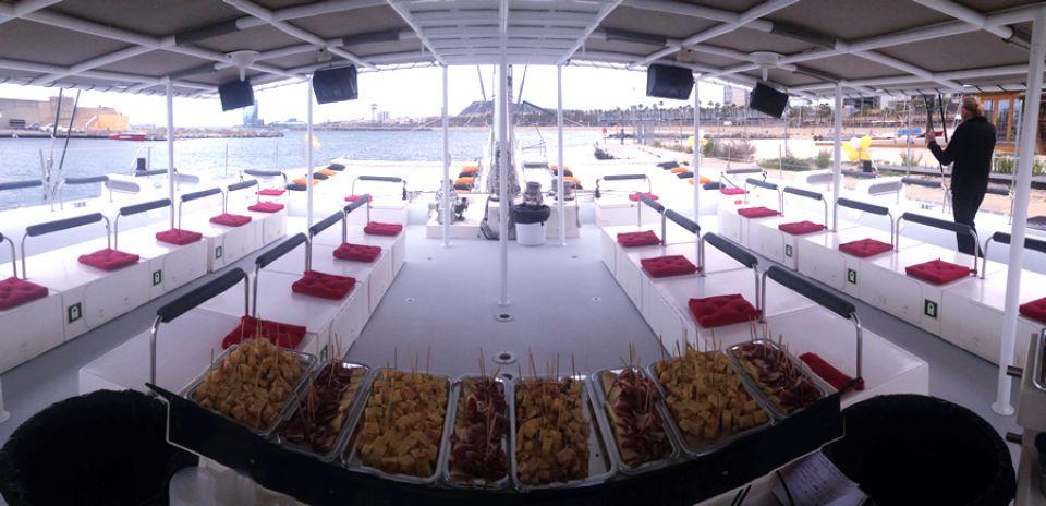 Comida en catamarán